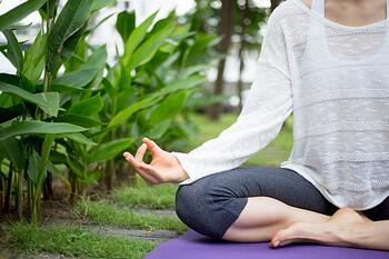 hand-of-young-woman-gesturing-zen-and-meditating_1262-3544