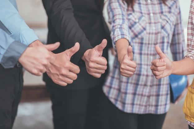 thumb-up-of-collaboration-teamwork-concept_1357-339.jpg